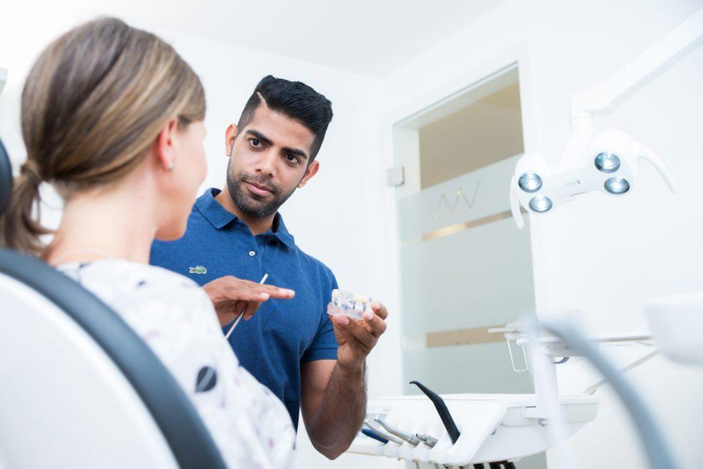 Mundwerk Zahnarztpraxis Dr Sairupan Nagalingam